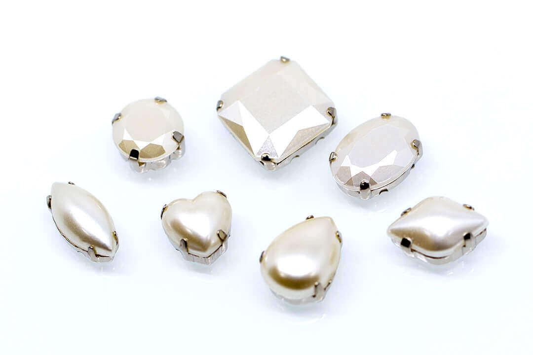 claw-rhinestone-yellow-pearl