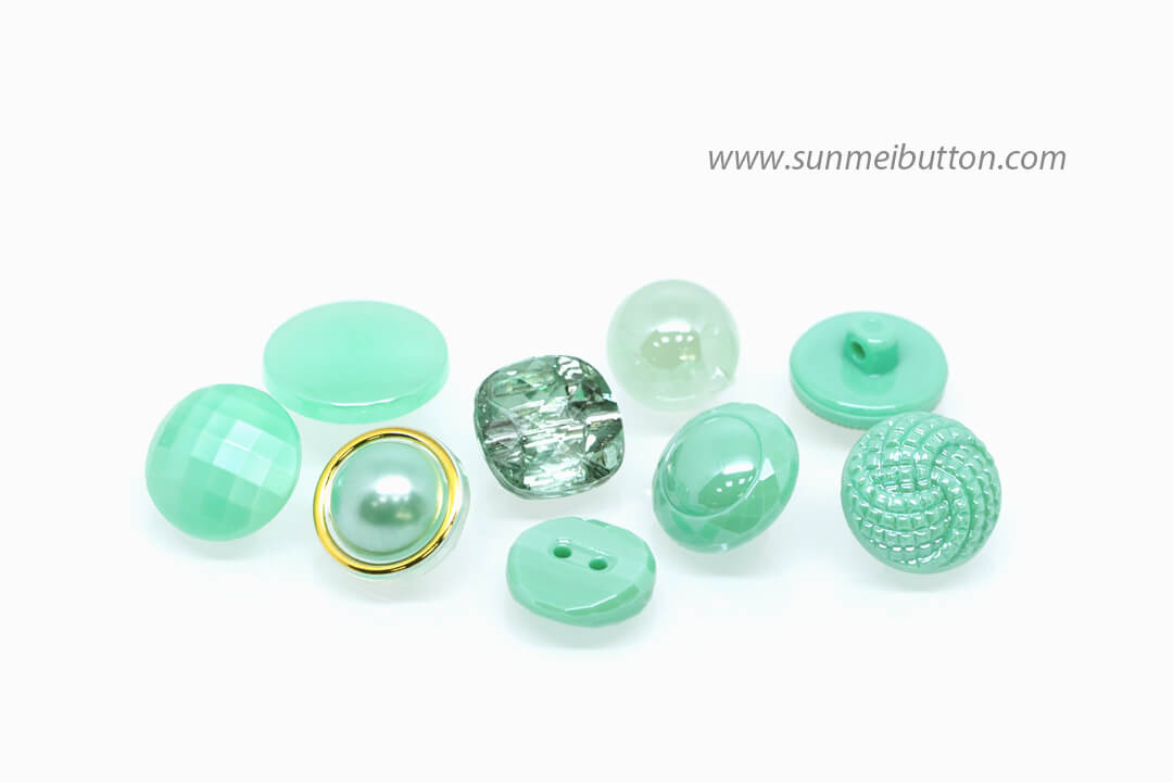 2018 color trend green-nile green button
