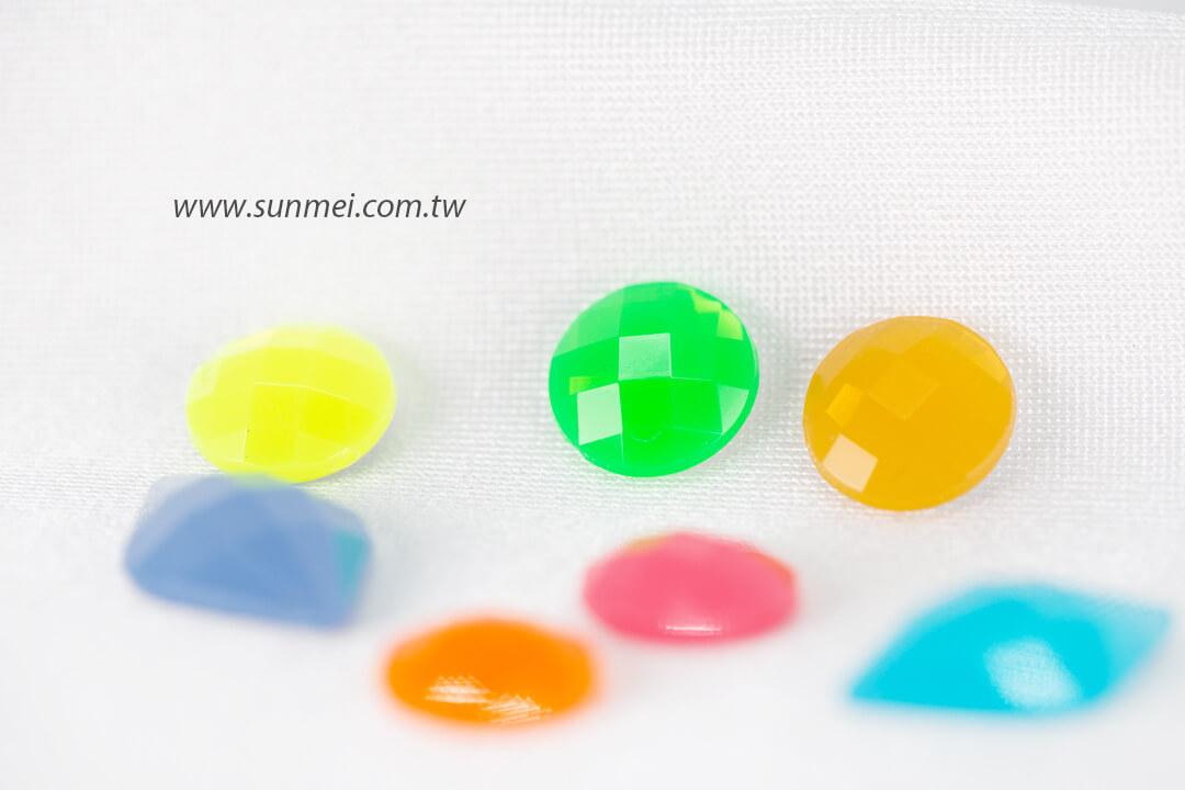 opal-beads