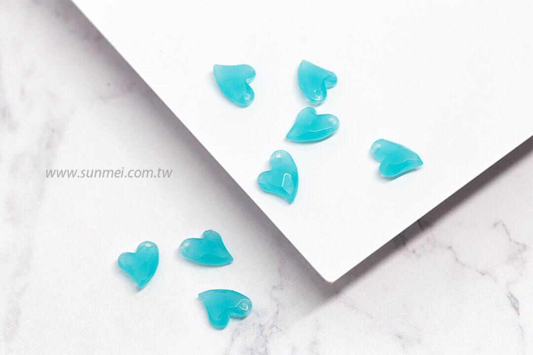 EPMA02H-002-iceberg-heart-pendants-opal