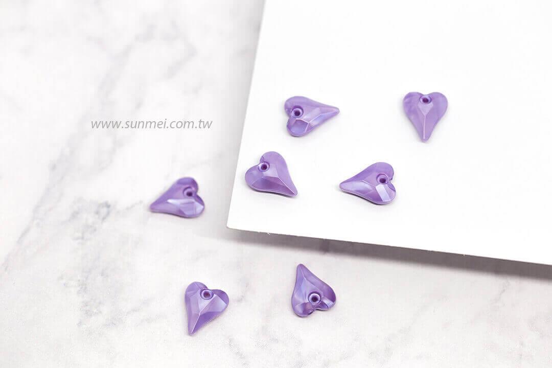 EPMA04P-002-heart-pendants-pearl