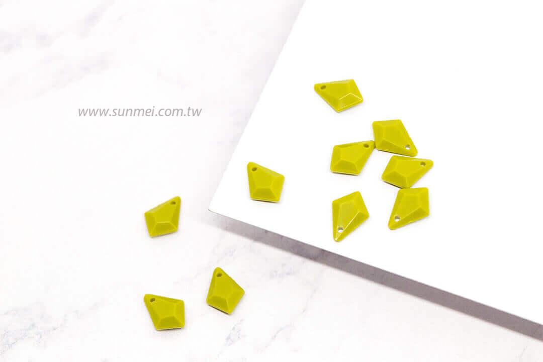 EPMA06F-002-diamond-pendants-opaque