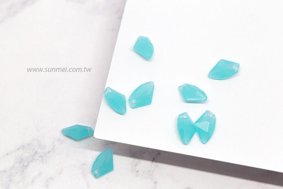 EPMA07H-002-iceberg-pendants-opal