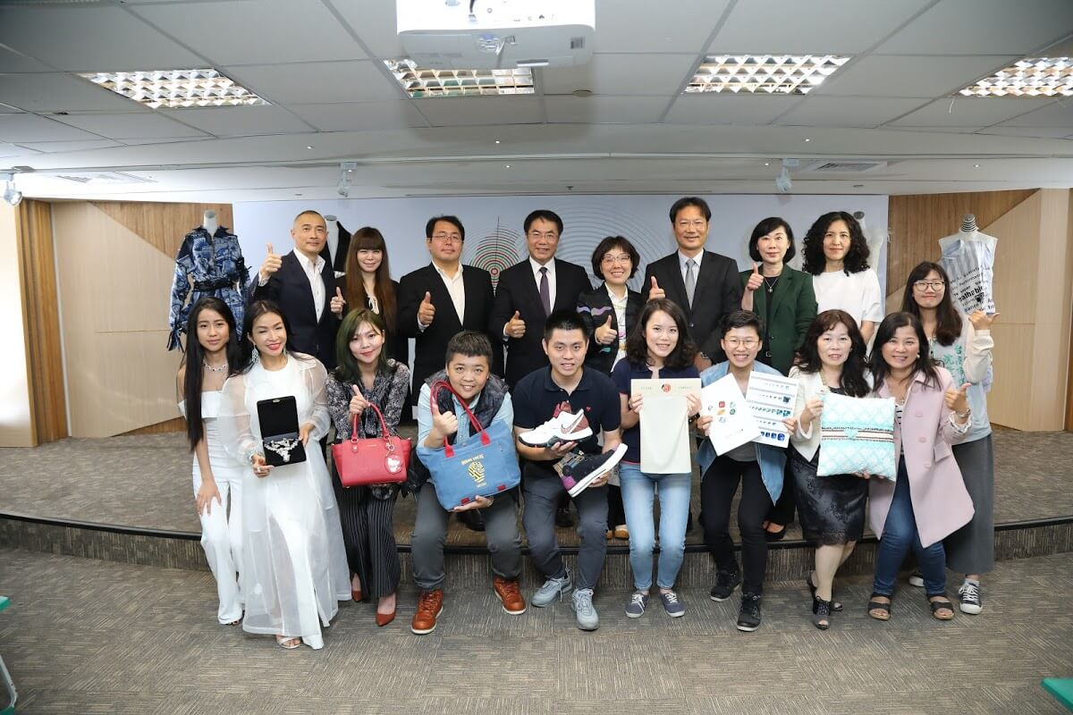 tainan-government-lead-textile-industry-to-milan-1