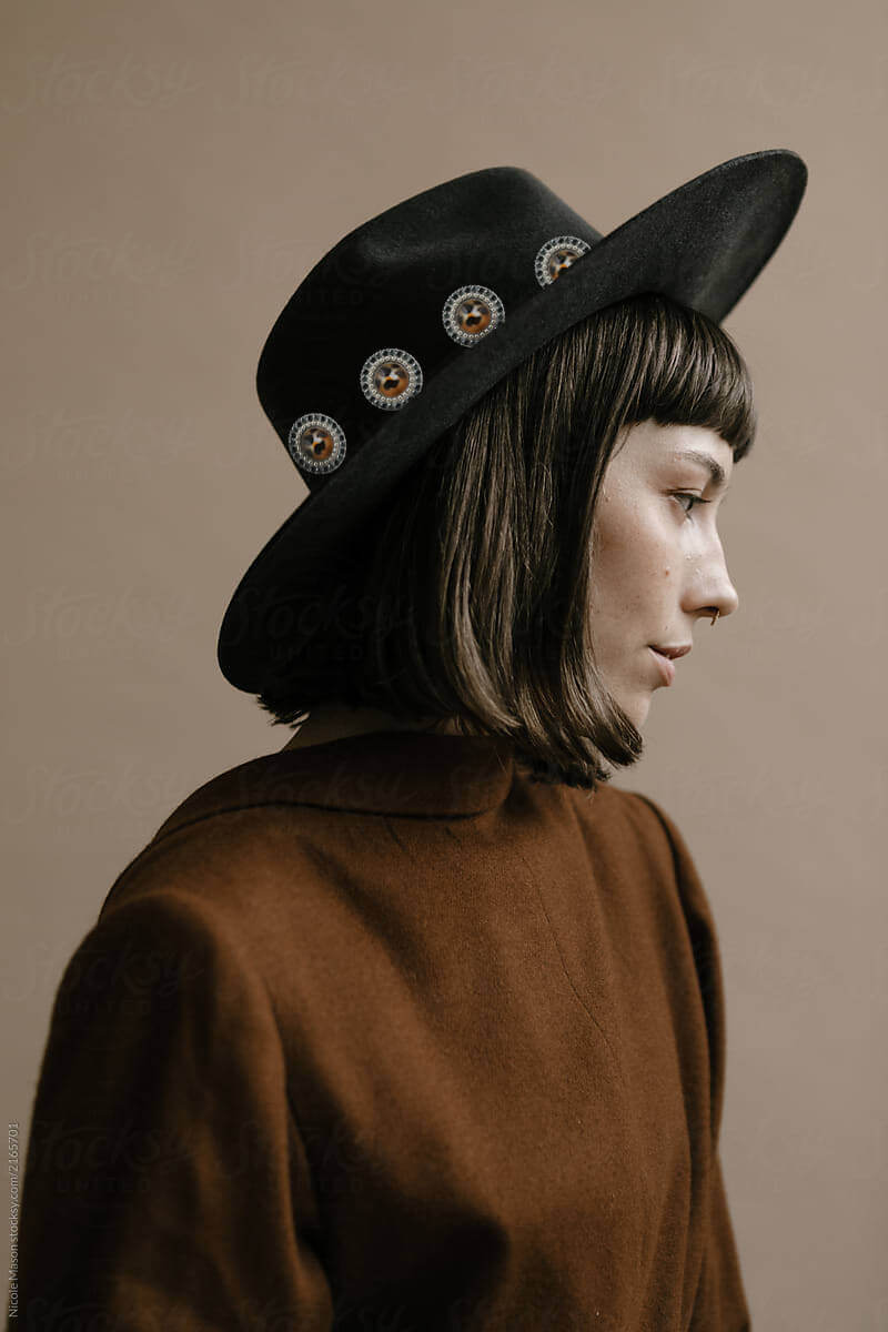 color trends for aw 2020-leopard accessory on a hat